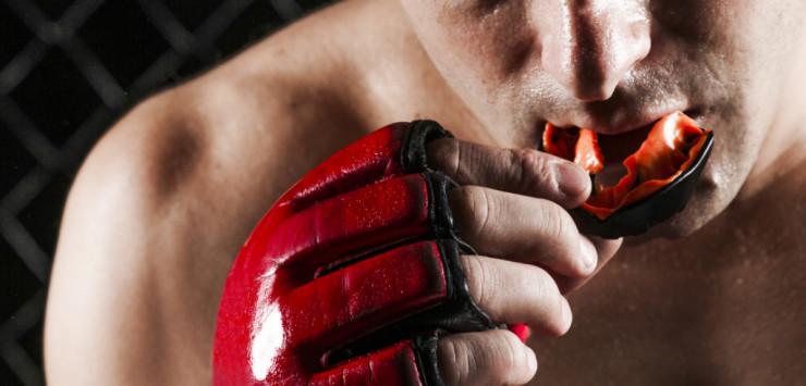 Αθλητικοί νάρθηκες: κατασκευασμένοι στα δόντια του αθλητή.